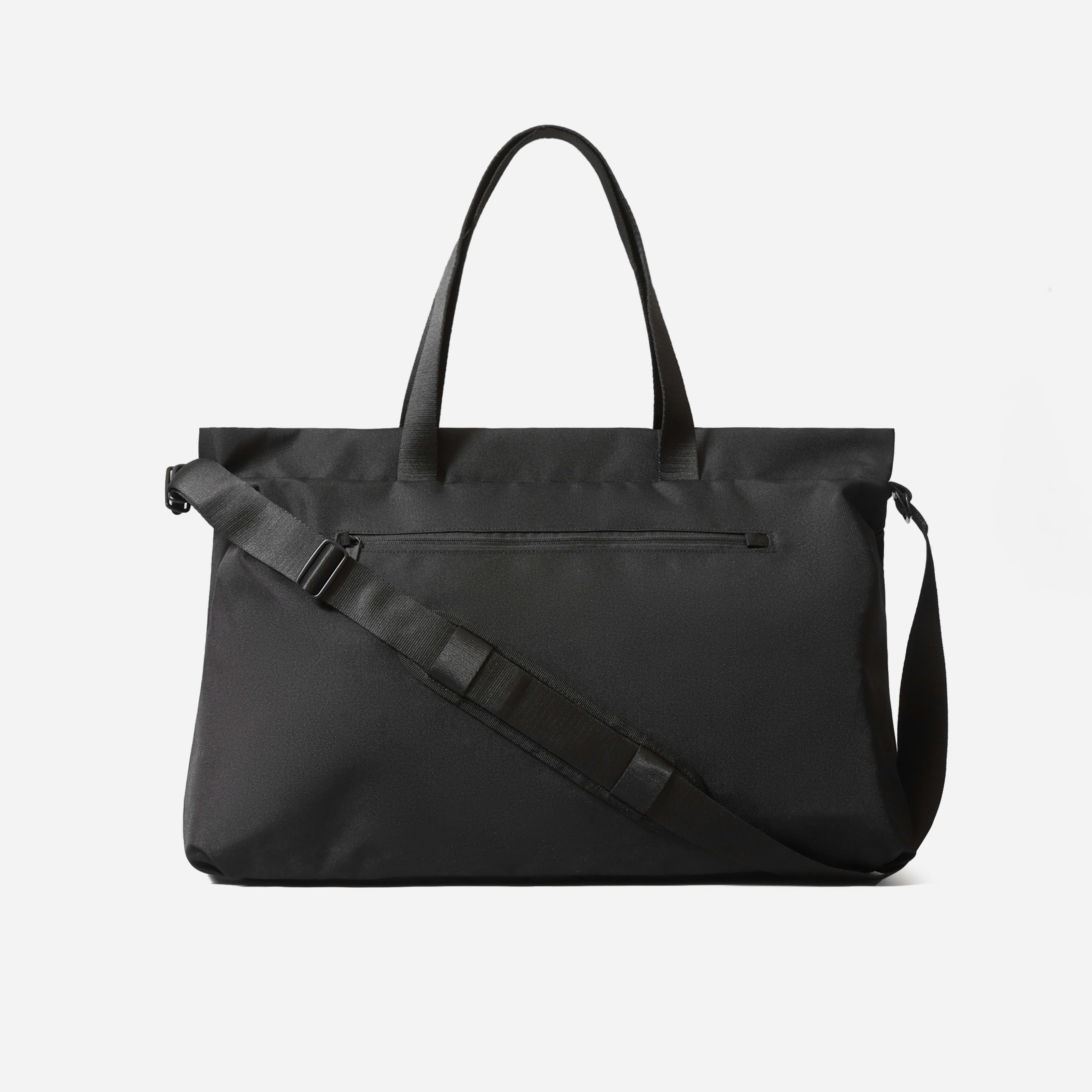Renew Transit Weekender Bag By Everlane In Black